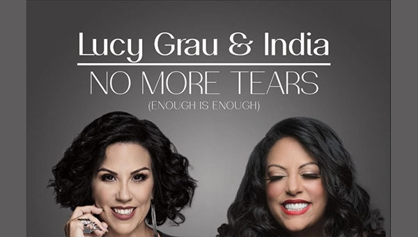 Lucy Grau e India en una versión salsera de No More Tears
